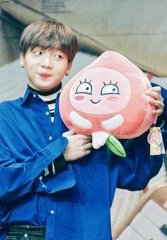A whole cutie 💕💕🌤 Jung Sewoon, Produce 101 Season 2, Ha Sungwoon, Bts And Exo, Starship Entertainment, Vixx, Mamamoo, Shinee, Kpop