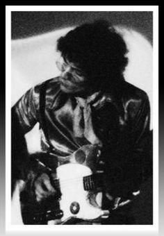 Syd Barrett tocando en vivo en el UFO club,1966.