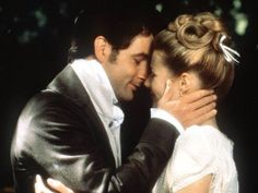 Gwyneth Paltrow as the endlessly interfering Emma Woodhouse and Jeremy Northam as her eventual true love Mr Knightley are splendid in what had been the long awaited film of Jane Austen's dazzlingly… Jeremy Northam, Emma Woodhouse, Jane Austen Movies, Emma Jane Austen, Elizabeth Bennet, Elizabeth Gaskell, Emma 1996, Romantic Films, Romantic Couples