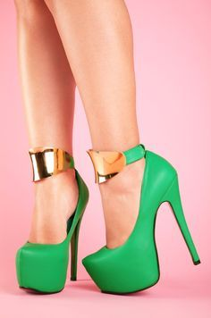 In love with this color Stiletto Goddess(green)_04