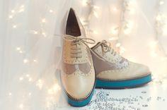 http://www.facebook.com/pages/Ch%C3%A9rie-Boutique-de-Zapatos/150914561648102?ref=hl  www.cherie.com.uy