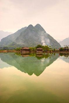 Vietnam: Vallée de Mai Chau...at night I've never seen so many stars…