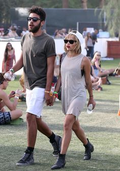 Zoe Kravitz & Noah Becker | The 21 Most Memorable Celebrity Couples Of Coachella