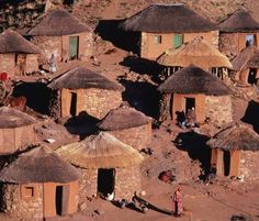 View top-quality stock photos of Lesotho Hamonaheng Basotho Hut Village. Find premium, high-resolution stock photography at Getty Images. Vernacular Architecture, Ancient Architecture, Natural Architecture, Cabana, African Hut, African Countries, African Culture, Traditional House, Traditional Wedding