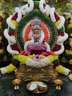 Festival Decorations, Flower Decorations, Wedding Decorations, Lord Rama Images, Pooja Room Design, Pooja Rooms, Goddess Lakshmi, New Year Wishes, God Pictures