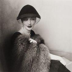 Paris Vogue, 1950s