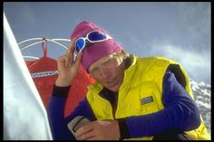 A hero who saved 3 people (Charlotte Fox, Tim Madsen and Sandy Pittman) in 1996 debacle, while a certain famous writer 'slept in his tent' Le Tibet, Monte Everest, Sacred Mountain, Mountain Climbing, Mountaineering, Climbers, Mountains, Rob Hall, Death
