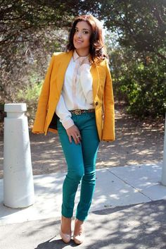 i want a mustard yellow blazer/jacket Turquoise Pants Outfit, Teal Outfits, Outfits Mujer, Blazer Outfits, Office Outfits, Casual Outfits, Fashion Outfits, Work Outfits, Fashion Ideas