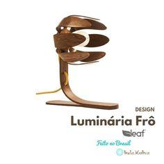 Abajur Atesanal Frô- luminária em madeira sustentável ARTISTA LOCAL LINDA PEÇA DESIGN ÚNICO ! Medidas - 27cm altura total    Base - 25cm de profundida...
