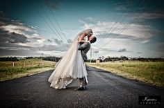 Image for wedding photography wallpaper Wedding Photography Styles, Wedding Photography Inspiration, Wedding Styles, Wedding Photos, Wedding Inspiration, Photography Ideas, Elegant Wedding, How To Memorize Things, Wedding Planning