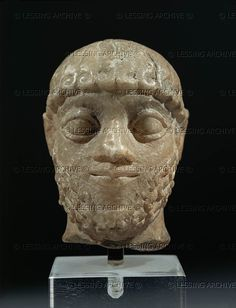 ANTIQUITIES ORIENTAL: AKKADIAN SCULPTURE 5TH-2ND MILL.BCE Male head, alabaster, H:6,5 cm Sumer, Akkadian dynasties, after 2480 BCE Louvre, Departement des Antiquites Orientales, Paris, France