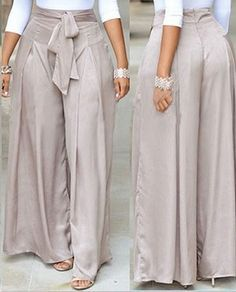 Scoop Neck White Top and Grey Loose Pants Mode Outfits, Casual Outfits, Fashion Outfits, Womens Fashion, Casual Wear, Two Piece Pants Set, Vetement Fashion, Loose Pants, Work Attire