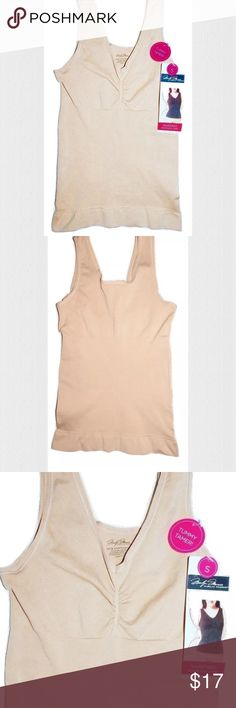 """NEW Marilyn Monroe Shaping Seamless Cami NEW Marilyn Monroe Shaping Seamless Cami  Retail price on tag is $32  Style # MM7043 Seamless Tunny Toning Panel Color is called Tan Size: Small  (according to size chart on tag, fits women's Dress Size 2/4 & Bust 34"""" - 36"""") 90% Nylon, 10% Spandex  I try my best to capture the correct color/shade but the actual shade may vary.    Thank you so much! Marilyn Monroe Intimates & Sleepwear Shapewear"""