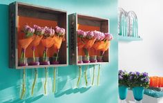 Upcycling: Blumenregal mit Pfingstrosen