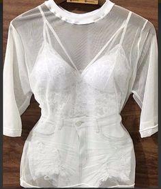 """38 curtidas, 9 comentários - Moda Feminina (@blauszteinstore) no Instagram: """">>Blusa tule transparente •Disponível somente nas cores Branca e Preto! >>Top Cropped em renda…"""""""