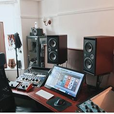 """1,586 Likes, 11 Comments - Studio Escapes (@studioscapes) on Instagram: """"What a great setup by @jackkircher! Be sure and check out @nutechaudio for the most affordable In…"""""""