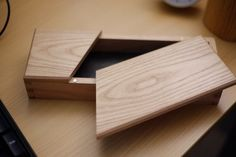 How to Sample your Squares in Craft Small Woodworking Projects, Woodworking Joints, Diy Wood Projects, Woodworking Tips, Wood Crafts, Wooden Box Designs, Wooden Tool Boxes, Woodworking Inspiration, Pencil Boxes