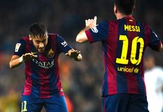 There is a lot of mutual respect between Messi and Neymar The Ballon d'Or award will be announced on Monday and Barcelona star Neymar has backed teammate Lionel Messi to beat Cristiano Ronaldo to the prestigious individual prize. Ronaldo is the favourite Lionel Messi, Messi Y Neymar, Neymar Pic, Messi 2015, Fc Barcelona, Barcelona Catalonia, Real Madrid, Soccer Boyfriend, Dibujo