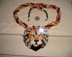Vintage Unsigned Lee Sands Lion Head Necklace Inlaid Coral  Big Cat 1970's Jewelry H58