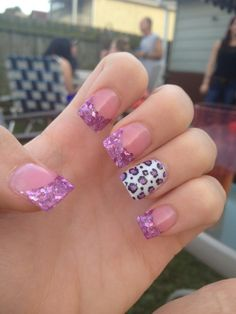 My purple cheetah nails :)