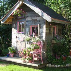 15 Stunning garden shed ideas. Read the full article on www.thediyhubby.com #garden #shed #ideas