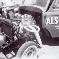 Al Palmatary's 389 inch Chevy smallblock stroker in his '41 Willys gasser.