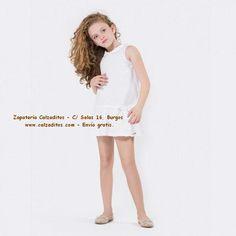 5d3bbdc67a Bailarinas de piel en varios colores. Las encontrarás en Zapatería  Calzaditos (C  Salas 16