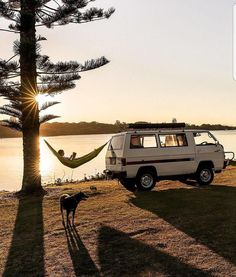 caravan home 308 Pics From Project Van Life Instag - caravan Caravan Home, Kombi Home, Camping Life, Camping Ideas, Camping Hacks, Minivan Camping, Camping Trailers, Tenda Camping, Kombi Trailer