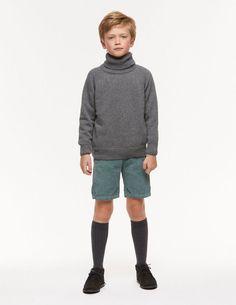 Black Lace Boots, Grey Turtleneck, Boy Models, School Boy, Chino Shorts, Cute Guys, Corduroy, Trousers, Turtle Neck