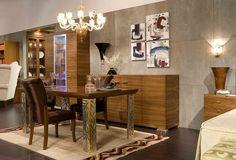 Meble do salonu z kolekcja Nouvel to połączenie stylów klasycznego oraz nowoczesnego. Wykonane ze szlachetnego drzewa orzechowego, meble do salonu z kolekcji Nouvel są ozdobione elementami mosiężnymi oraz chromem polerowanym. Kolekcja meble do salonu Nouvel to wybór dla klientów odważnych oraz miłośników stylu awangardowego.