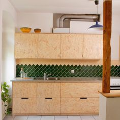 One of my first projects here in Berlin as a full time freelancer, this one back in 2016 — Still a bonafide rookie and working as a one-man… Osb Plywood, Plywood Kitchen, Plywood Cabinets, Modern Kitchen Design, Interior Design Kitchen, Inspired Homes, New Kitchen, Home Kitchens, Sweet Home