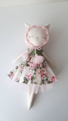 Miss Kitty Handmade cat dollfabric cat doll cloth doll Handmade heirloom dolls and more.Best 11 Juliette, the Spring kitten, soft feminine and dreamy. Fabric Toys, Fabric Crafts, Car Fabric, Paper Toys, Handmade Stuffed Animals, Fabric Animals, Doll Painting, Cat Doll, Sewing Dolls