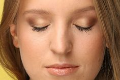 Главный тренд осени: золотые тени для блондинки, брюнетки и рыжей   Журнал Cosmopolitan