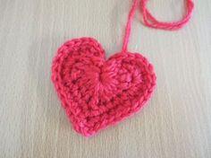 編んだ♦弾いた♦笑った   ハート模様のモチーフ   編み図あり