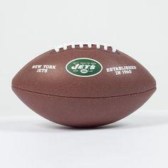 Ballon NFL New York Jets   http://touchdownshop.fr/taille-officielle/448-ballon-nfl-new-york-jets.html