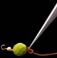 knotting a bead
