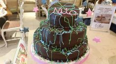 Topsy turvy cake süss cupcake cafe