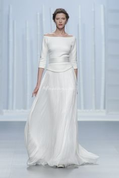 Long sleeve wedding dresses are the picture of bridal perfection. Browse the long sleeve wedding dresses we love. Gorgeous Wedding Dress, Wedding Dress Styles, Dream Wedding Dresses, Bridal Dresses, Beautiful Dresses, Wedding Gowns, Modest Wedding, Boho Wedding, Long Sleeve Wedding