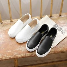 Korea womens shopping mall [styleberry] Simple design Slip-on Shoes Sneakers   / Size : S,M,L / Price : 36.17 USD #korea #fashion #style #fashionshop #styleberry #lovely #simple #shoes #slip #slip_on #dailyshoes #fashion_item