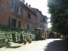 Castello Isimbardi a Castel d'Agogna, tra storia e curiosità