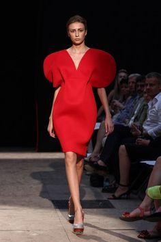 Moje značka - Ateliér designu oděvu a obuvi - Vysoká škola uměleckoprůmyslová v Praze High Neck Dress, Dresses, Design, Fashion, Atelier, Turtleneck Dress, Vestidos, Moda, Fashion Styles