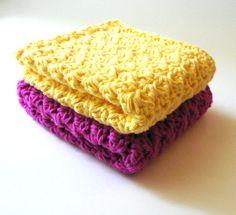 Easy crochet dishcloth pattern by Bubblegirl.