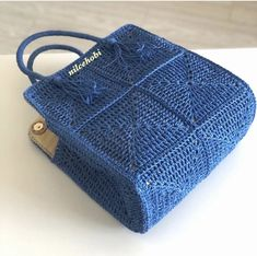 Crochet Bags, Instagram, Nice, Fashion, Crochet Purses, Amigurumi, Moda, Fashion Styles, Crochet Clutch Bags