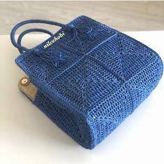 Diy Crochet Bag, Crochet Purse Patterns, Knit Crochet, Crochet Handbags, Crochet Purses, Crochet Waffle Stitch, Leather Diy Crafts, Crochet Bookmarks, Tapestry Crochet