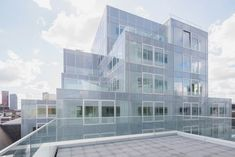 OMA timmerhuis rotterdam city hall mixed-use reinier de graaf rem koolhaas designboom