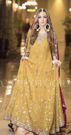 Mayoon bride Pakistani Mehndi Dress, Bridal Mehndi Dresses, Walima Dress, Asian Wedding Dress, Shadi Dresses, Pakistani Wedding Outfits, Pakistani Bridal Dresses, Pakistani Wedding Dresses, Pakistani Dress Design