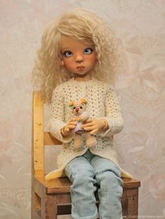 Layla got a new cardi, jeans (temporary) and little bear :)