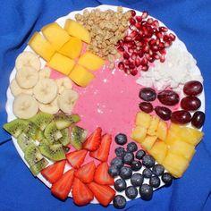 """Good Morning lovelies  Let's start the day with some RAINBOW SMOOTHIE BOWL  Ingredients for the smoothie (Zutaten für den Smoothie): 1 1 cup frozen raspberries (1 Tasse gefrorene Himbeeren)  2 Approx. 1 cup light yogurt (Ca. 1 Tasse fettarmer Joghurt)  3 1-2 tablespoons sweetener of your choice or 1/2 banana (Ca. 1-2 EL nach Bedarf oder 1/2 Banane - Ich verwende immer Xucker Light über @sportnahrungwehle  Mit dem  Gutschein-Code """"PILOTMADELEINE""""  erhaltet ihr dort  10% RABATT  auf das…"""