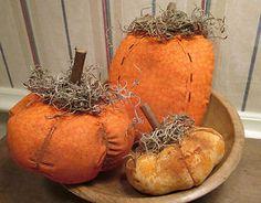 Handmade PUMPKINS Ornies Bowl Fillers -- Primitive Halloween FALL Autumn Decor