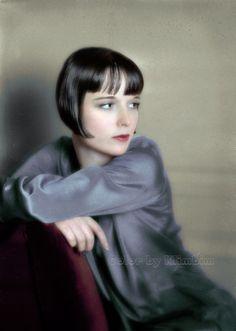 Louise Brooks by klimbims Louise Brooks, Vintage Hollywood, Hollywood Glamour, Hollywood Stars, Lost Girl, Silent Film Stars, Movie Stars, Divas, Style Année 20